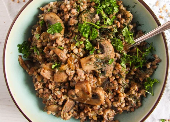 Roasted Buckwheat (Kasha) with Onions and Mushrooms